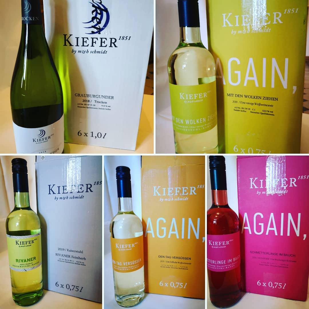 Ein bisschen Spaß muss sein. Wir helfen mit unseren frechen Kaiserstühler Weinen von Kiefer. Zum günstigen Außer Haus Preis von 7,50 € / FL.! Bestellung unter 01759862697